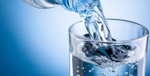 Amarre De Amor Con Agua Y Azúcar Para Que Regrese